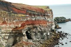 Klippen IJslandse kust